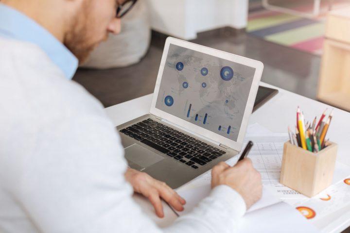 14 vantagens de implantar um software de gestão financeira em uma transportadora